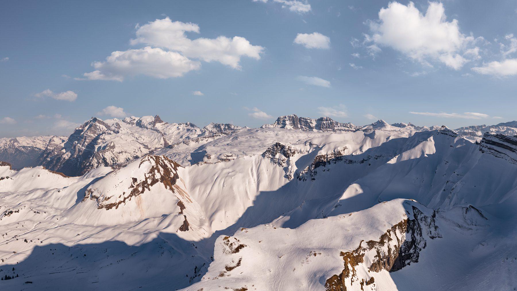 Luftaufnahme Ruchen, Vrenelis Gärtli, Silberen, Lauiberg, Bös Fulen © by Gerry Pacher Photography