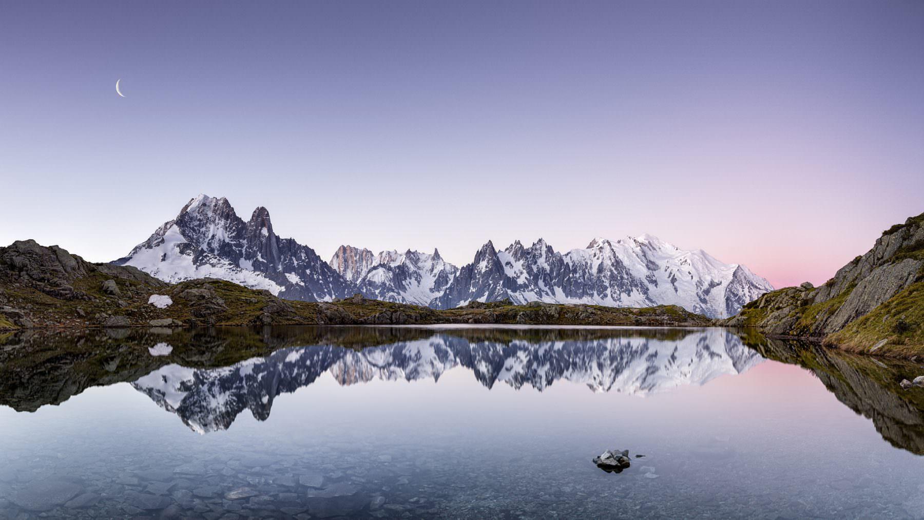 Morgenstimmung am lac des Cheserys mit Blick auf den Mont Blanc
