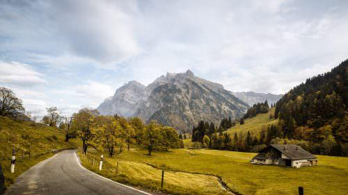 Herbst im Klönthal / Glarus mit Blick auf den Glärnisch