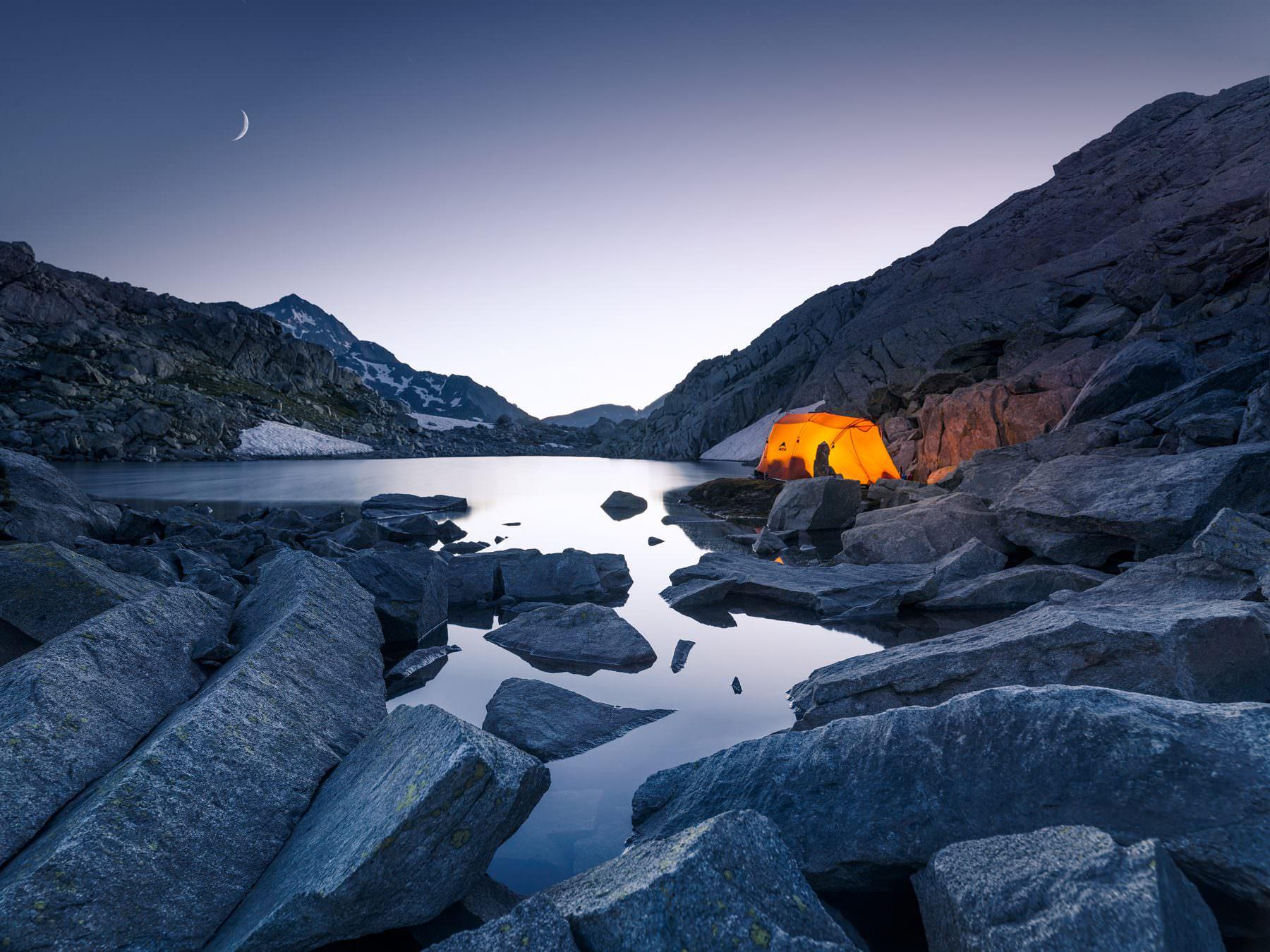Nachtlager am Lago Azzurro - Splügenpass