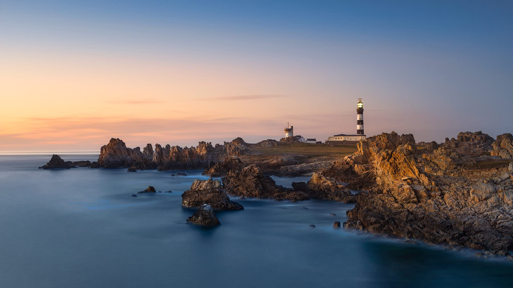 Lighthouse - Creac'h of d'ile Ouessant, Bretagne, France - After sunset glow - © by Gerry Pacher
