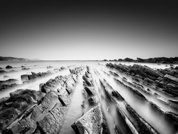 Sakoneta / Zumaya - Flysch - long exposure black and white study