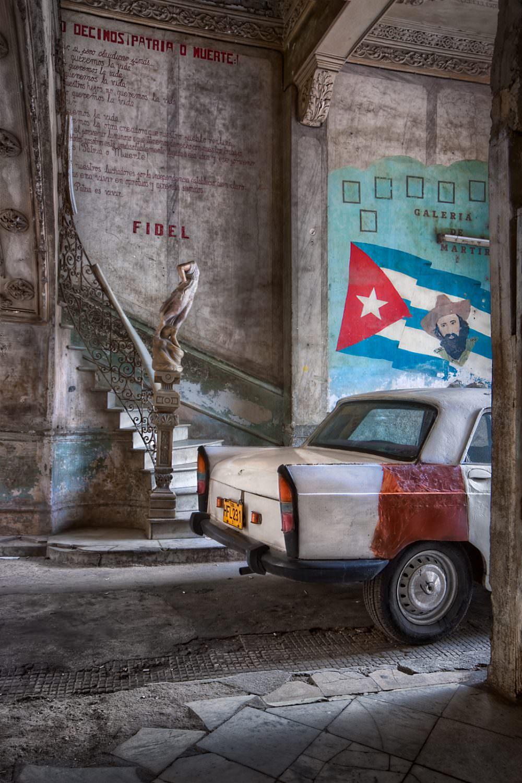 Air-Shots.ch, Gerry Pacher, Havanna, Cuba, Street Photography, Car, People