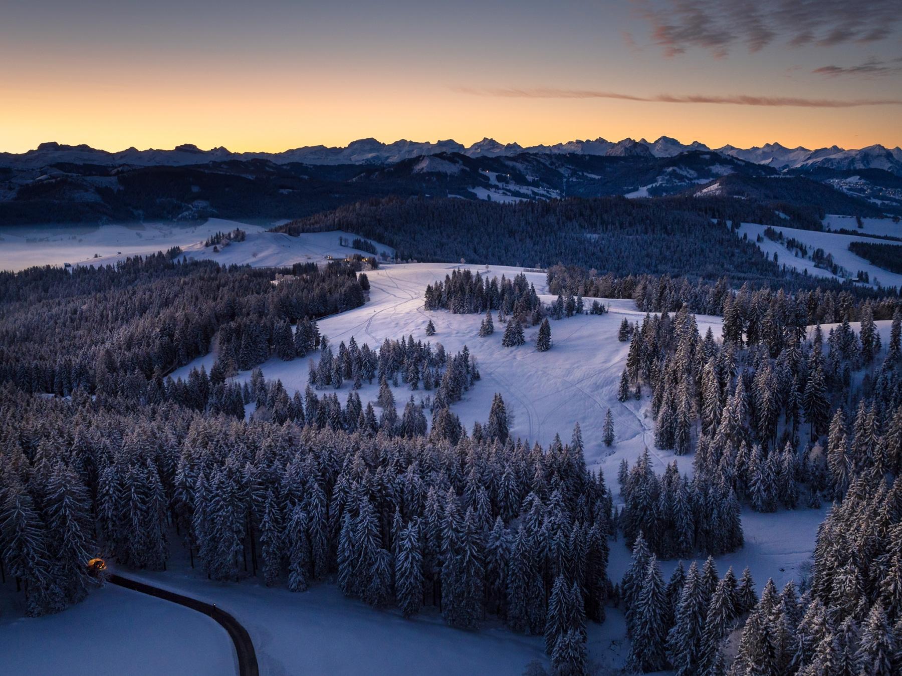 Air-Shots.ch - Gerry Pacher - Schwyz - Ratenpass - Winter