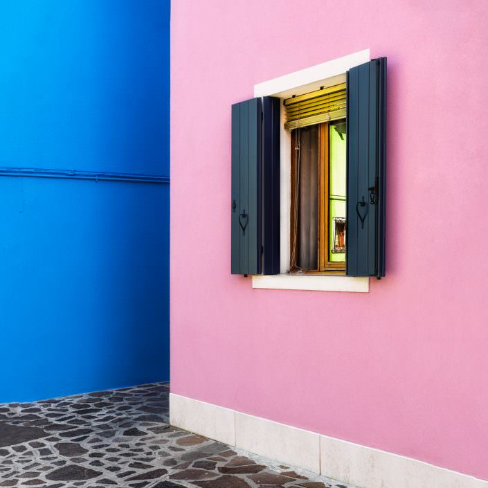 Blue Pink Window, Fine Art, Color, Farbe, Italy, Venedig, Burano, Gerry Pacher