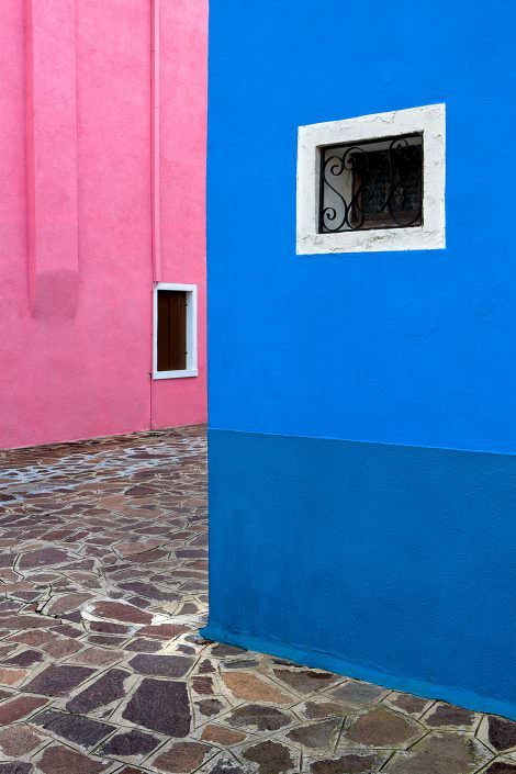 Pink & Blue, Italy, Venedig, Burano, © by Gerry Pacher