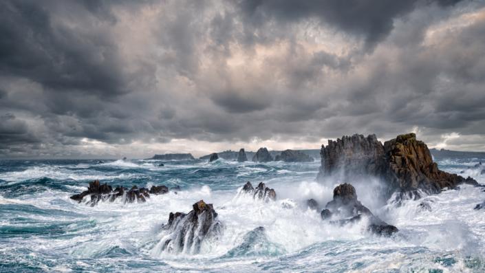France – Bretagne – Storm over Ile d'Ouessant