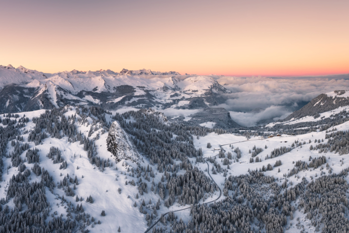 Drohnen, Luftaufnahme, Luftbild, Schwyz, Ibergeregg, Winter Luftaufnahme, Drohne, Schwyz, Ibergeregg, Gross, Chijen, Winter, Schnee Copyright © by Gerry Pacher