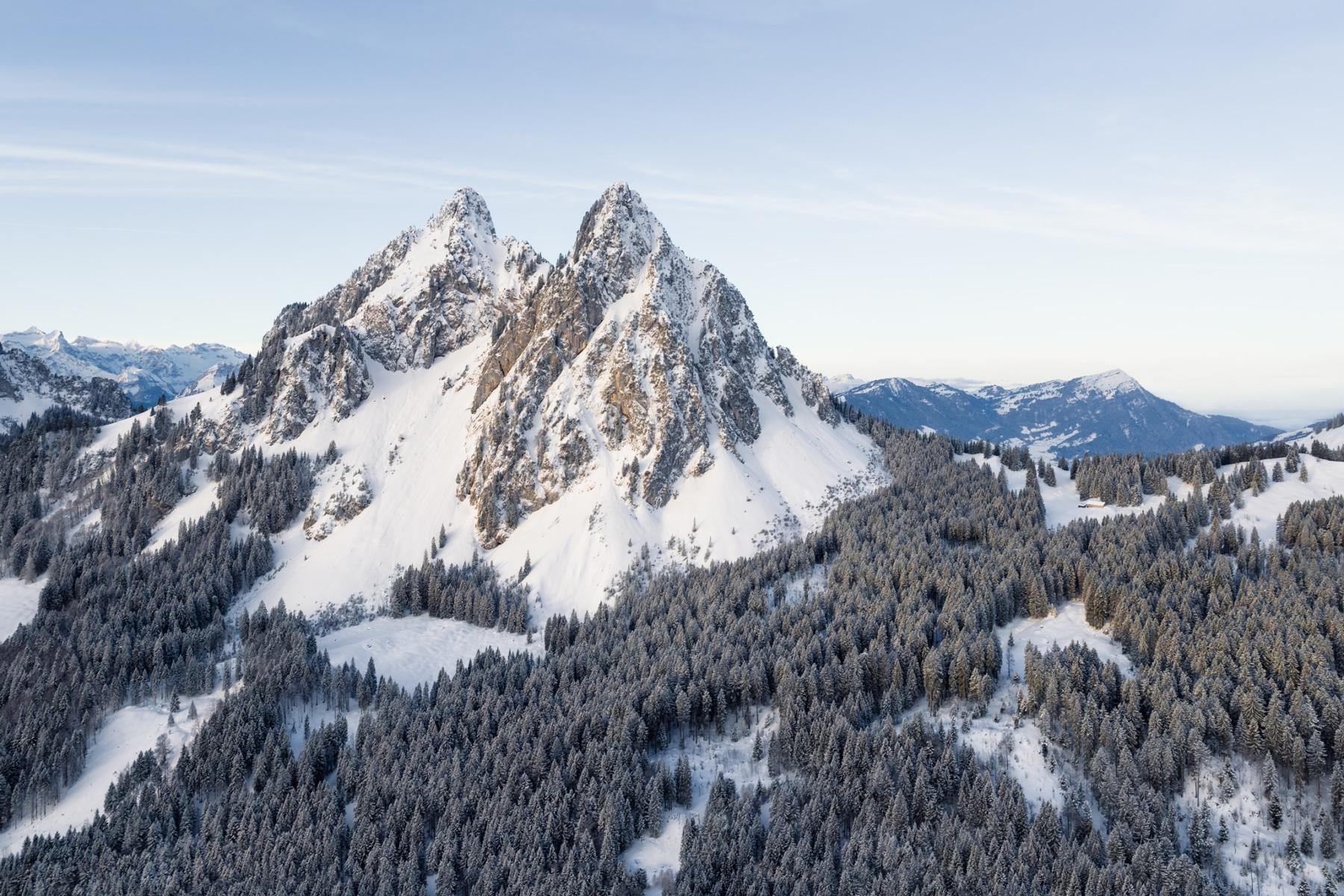 Switzerland, Schwyz, Kleine Mythen, Morgenlicht, Alpthal, Brunni, die Rigi