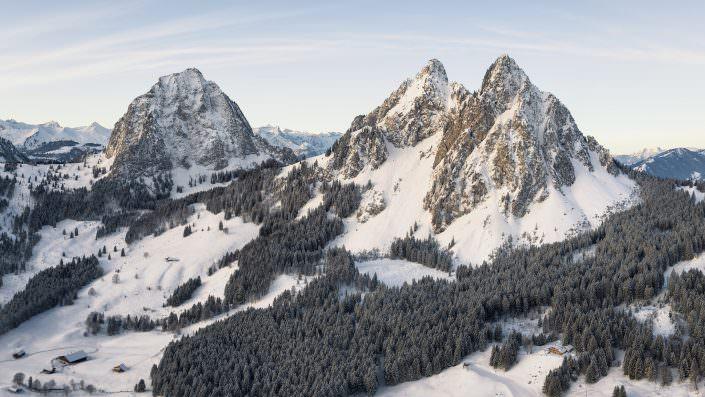 Switzerland, Schwyz, Grosser Mythen, kleine Mythen Pano Copyright © by Gerry Pacher