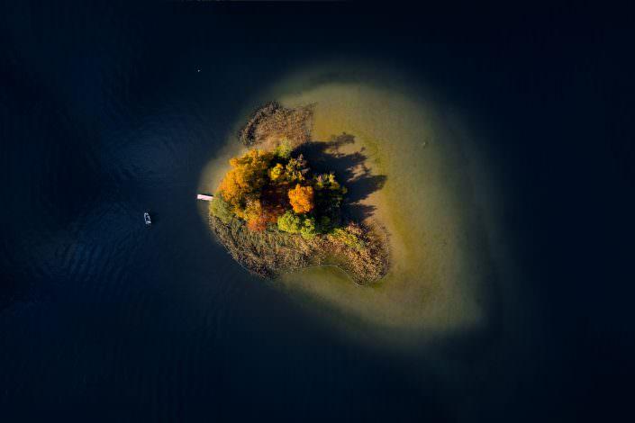 Herbstliche Stimmung Insel Schönenwerd, Richterwil, Zürichsee, © by Gerry Pacher
