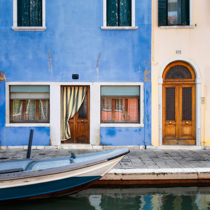 Blue Boat - Italy, Venice, Burano © by Gerry Pacher