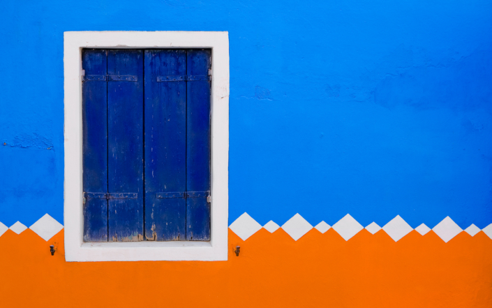 Blue Orange - Italy, Venice, Burano © by Gerry Pacher