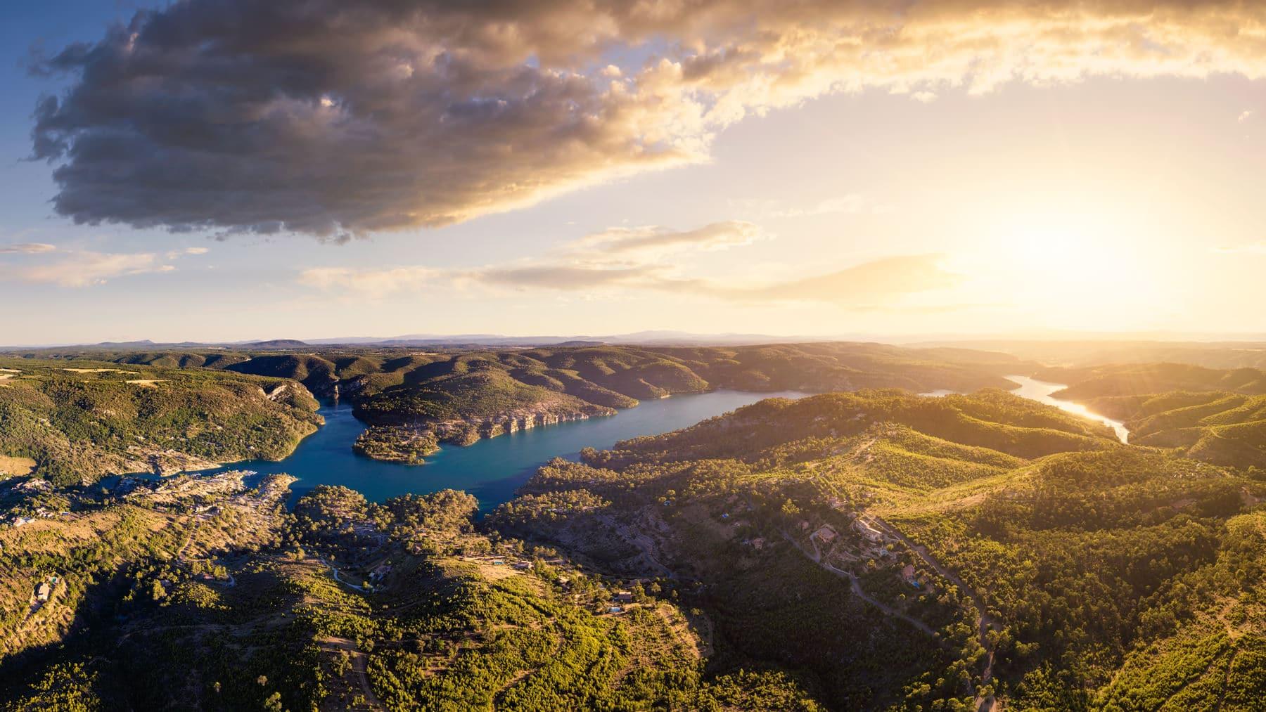 Luftaufnahme - Frankreich Provence Lac Esparron de Verdon