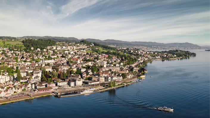 Luftaufnahme Morgenstimmung am See in Wädenswill / Zürich @ by Gerry Pacher