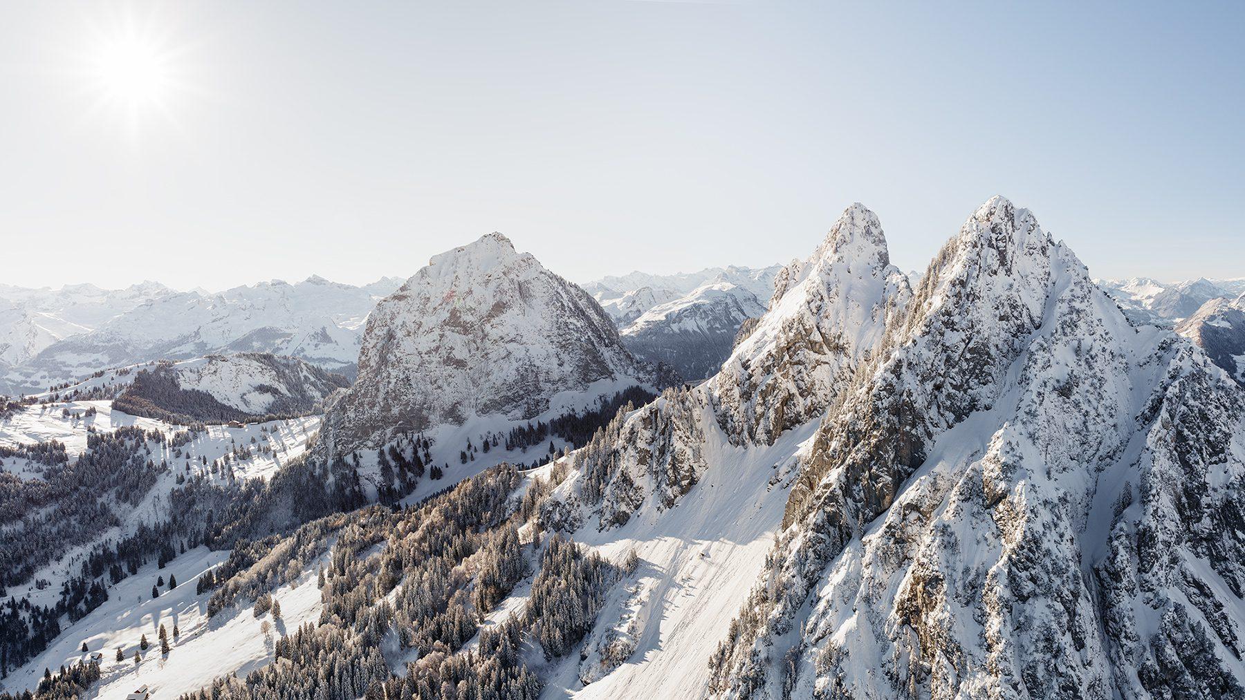 Luftaufnahme Grosser Mythen, Kleiner Mythen, Haggenspitz
