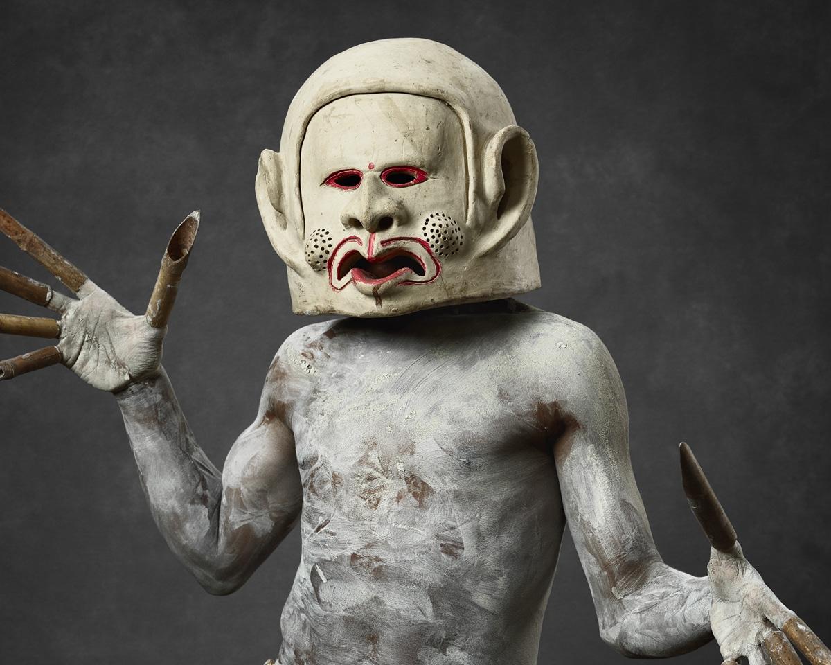 Faces of Papua New Guinea - Fine Art Portrait Serie - Mud Men - Finger Man