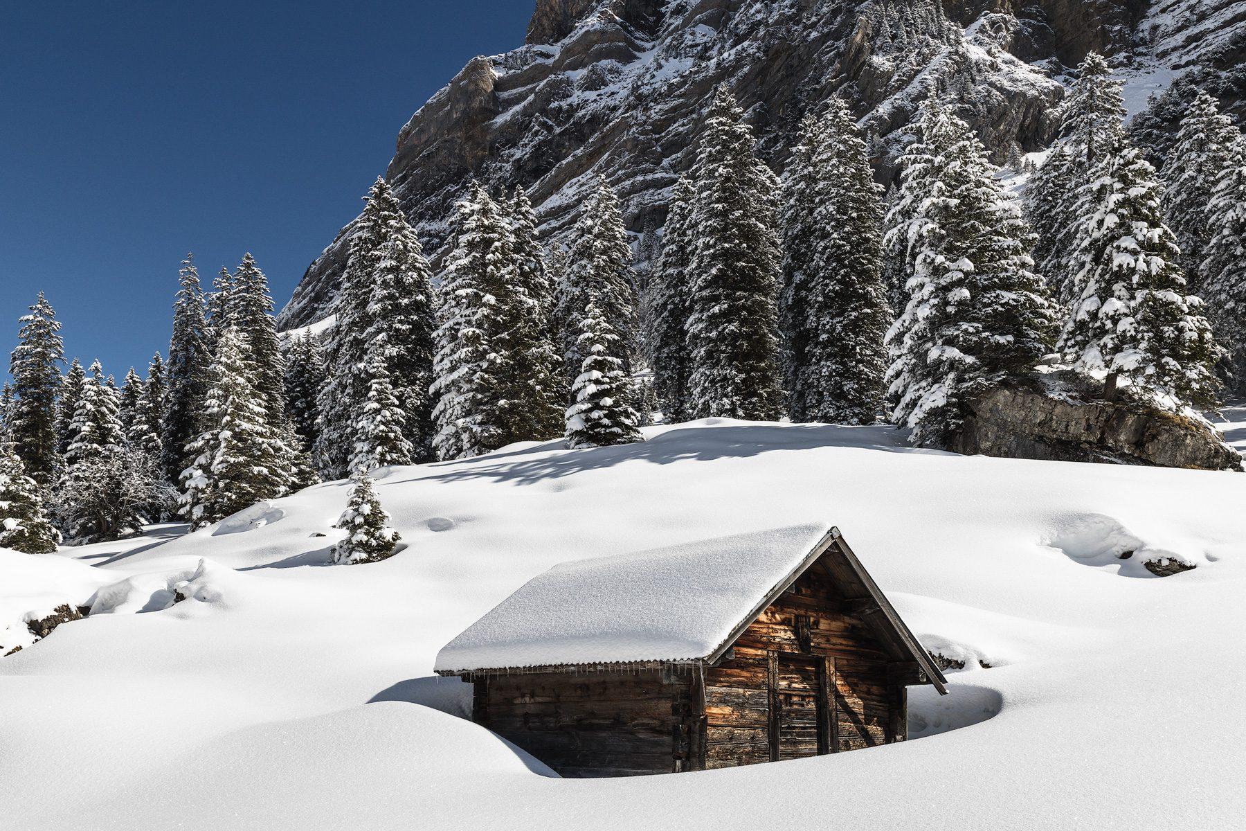 Frischer Schnee im Muotathal / Hürital / Liplisbüel / Grund.