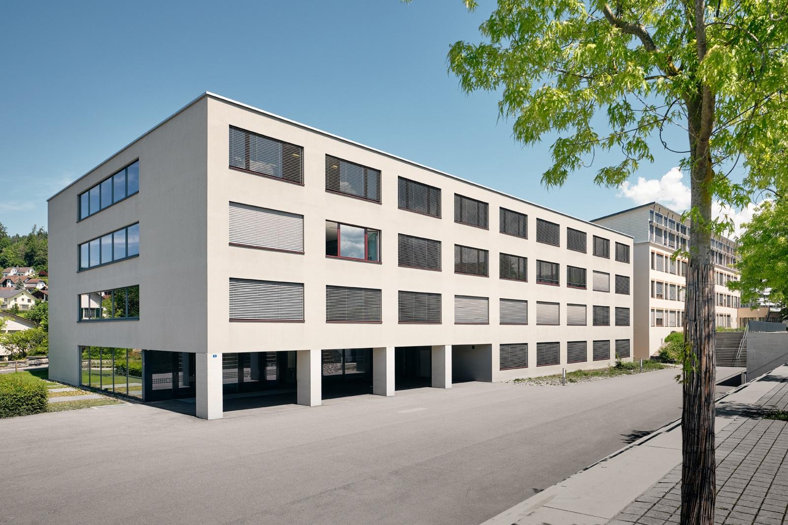 Uznach Dorf - Schulhaus Haslen