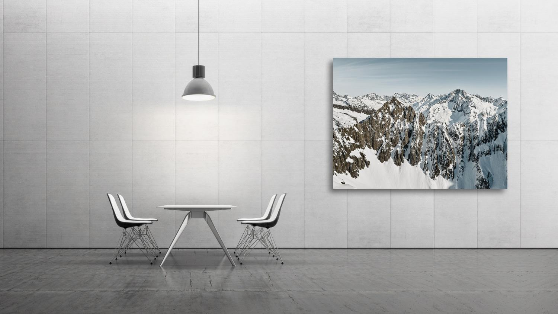 Swiss Mountain Peaks: Sunnig Wichel mit Oberalpstock, Piz Tgietschen, Düssi und Gross Ruchen im Hintergrund