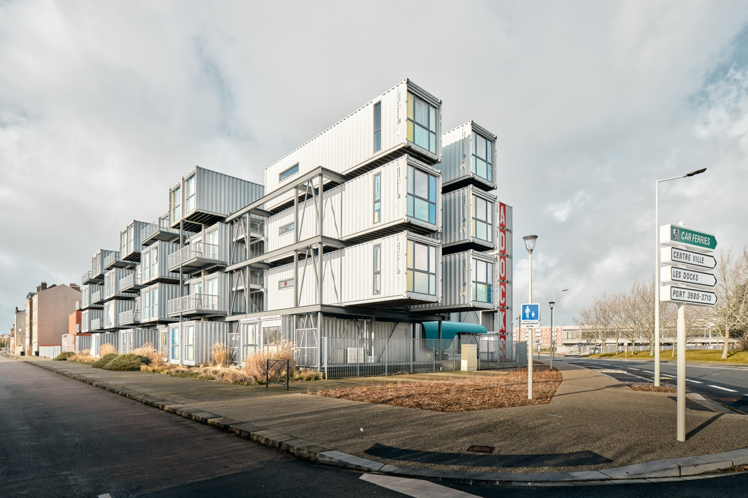 Frankreich - Le Havre - A'Docks / Shipping Container Apartement / Versandcontainerwohnung